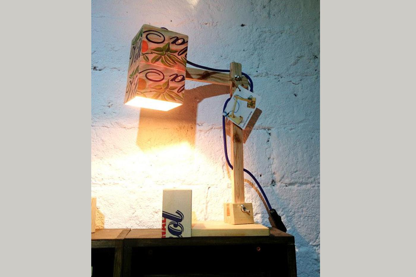 Kiruna, Gràcia, Barcelona, Mobla, lamp, lights, Lámparas, recycled, reciclado, palet, wood, madera, mobiliario